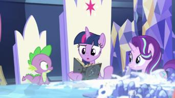 My Little Pony: Friendship Is Magic: Season 7: Shadow Play, Part I